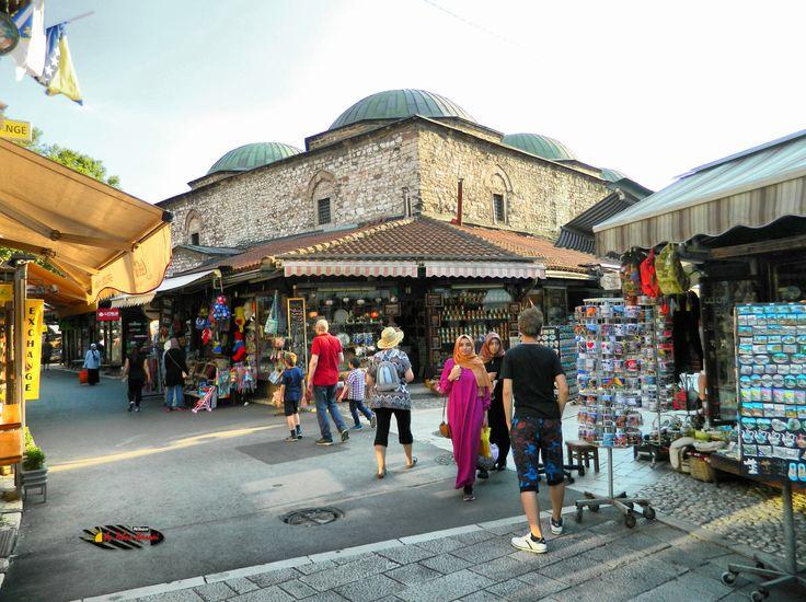 Shops in Bascarsija, Sarajevo, Bosnia and Herzegovina, Nikon Coolpix L310, 4.5mm, 1/250s, ISO 80, f/3.1, panorama mode: segment 2, HDR-Art photography, 201607101742
