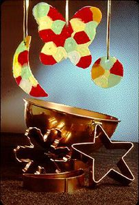 candy ornament - use Halloween candy for crafts instead of snacks