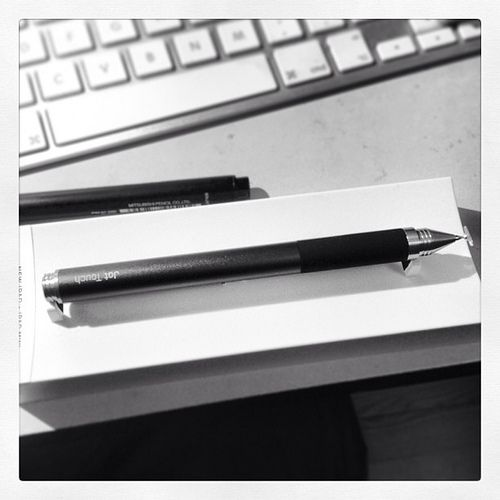 I have received a beautiful present. Adonit jot touch!!!