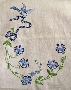 Bits of Stitching!: Vintage Dresser Scarves?