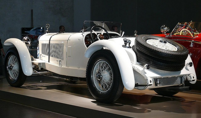 22 best images about mercedes benz ssk 1928 on pinterest for Mercedes benz ssk 1928 burago