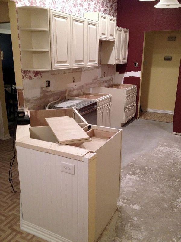 Remodeling A 1980s Kitchen On Budget Diy Home Improvement Cabinets Design