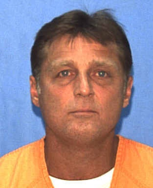 Glen Rogers-serial killer-Authorities suspected Rogers in the stabbing or strangling of an elderly man from Ohio in 1993 and four women in California, Mississippi, Florida and Louisiana. He originally claimed that the number of murders was closer to 70, but then later recanted his statement, claiming he was joking and had not committed any murders at all. Claimed he killed Nicole Simpson and Ronald Goldman that OJ Simpson was tried for. It is known he killed 2, but suspected of 5.