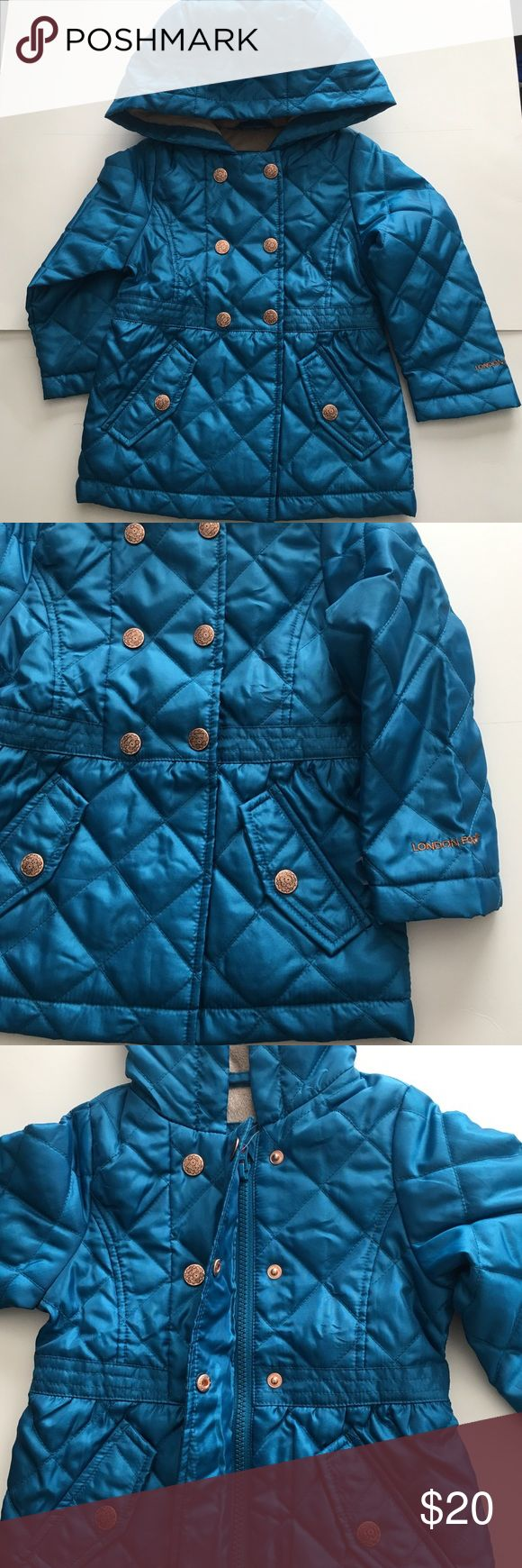 LONDON FOG Girls Hooded JACKET LONDON FOG Girls Hooded JACKET  Super soft fleece Lined / 2 snap button pockets / Snap button & zip closure   Color: Turquoise  Shell / Lining/ Padding: 100% Polyester London Fog Jackets & Coats