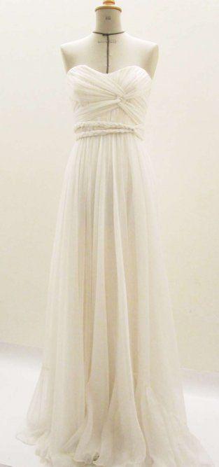 Cathrine kjole --- Hallelujah! A decent Norwegian gown maker.