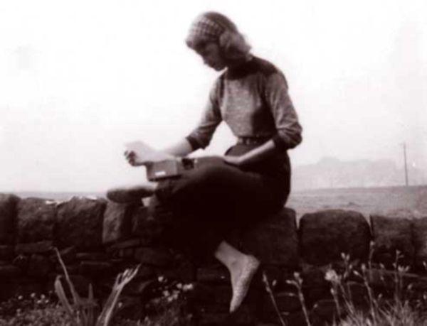 Sylvia Plath (1932 - 1963) November Graveyard http://www.youtube.com/watch?v=Y7ujeHnrT8A