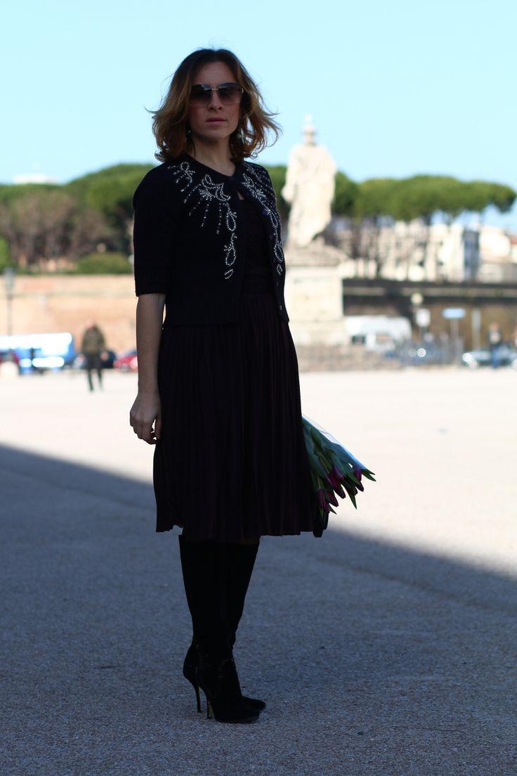blogger diaries calogero did love say good-bye by The Italian Glam vestito Dolce Gabbana cardigan Pinko stivali Dsquared