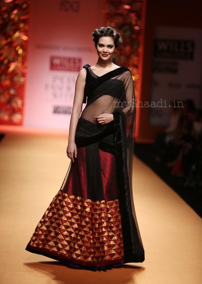 Manish Malhotra Collection-Wills India Fashion Week 2013   Myshaadi.in
