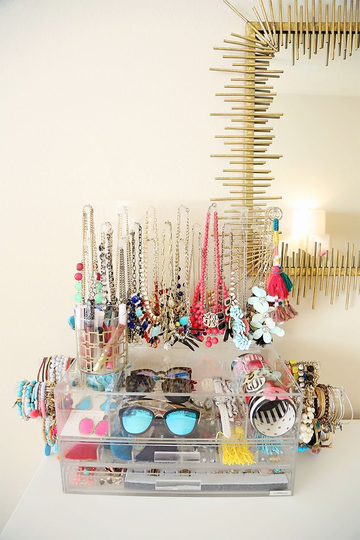 Glamboxes Acrylic Jewelry Organizer || Cort In Session