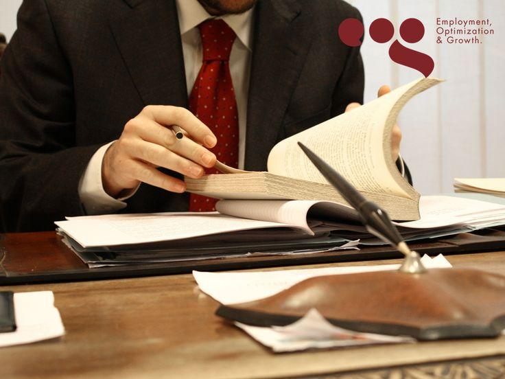 EOG TIPS LABORALES. ¿Sabe qué es el derecho laboral? Es la rama del Derecho que se encarga de regular las normas que se establecen con base al trabajo realizado por un individuo. Es el conjunto de normas jurídicas que garantiza el cumplimiento de las obligaciones de cada parte en una relación laboral (patrón y empleado). En EOG, estamos respaldados por Cavazos Flores, S.C., especialistas en Derecho laboral. #apoyojuridicolaboral