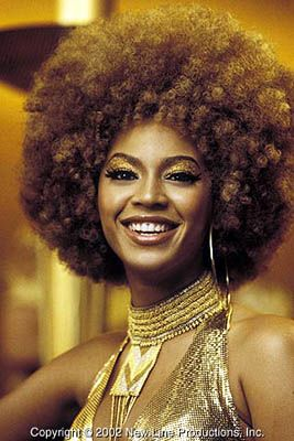I just want to get this hair. I'll get like 8 perms, and maybe it will turn into this? #WhiteGirlsCanHaveAfros......