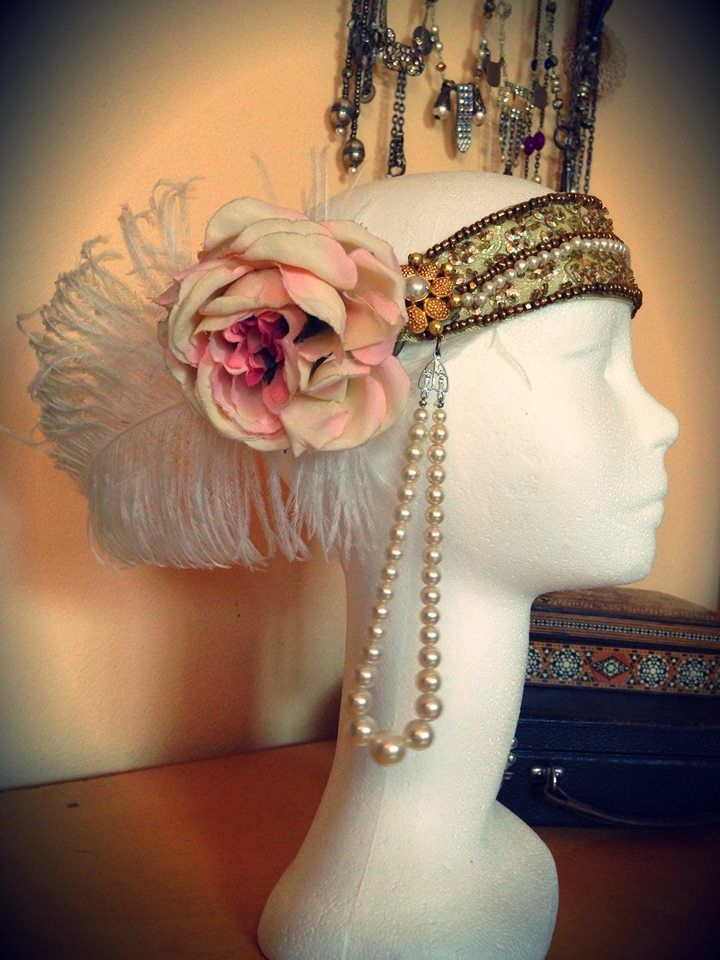 Headpiece inspired by 20s and Great Gatsby style