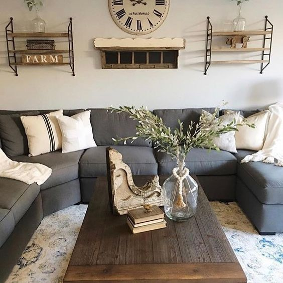 I Spy our Striped Pillow on Jaci's gorgeous couch! Thx for sharing w us. We love your #homedecor style!