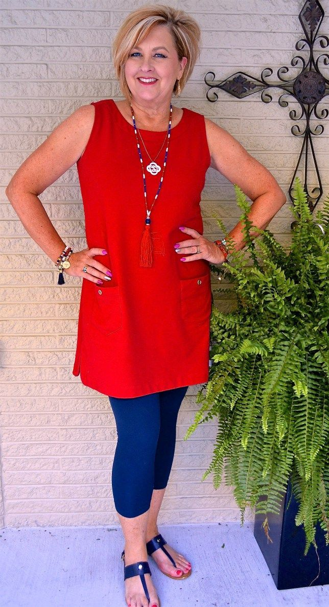 4th of July outfit for over 40 woman inspiration. Love this red white and blue look with a bold tassel necklace. Statement jewelry for summer | Summer outfit | Red White and Blue Outfit Inspiration