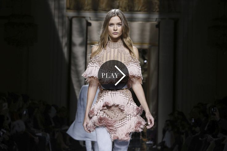Discover the Kendall Jenner and Gigi Hadidhair swap fromthe Balmain Ready to Wear Fall Winter 2016 Parisshow whichopened on a live orchestral version of Kylie Minogue's 'Confide in me.'Delight...