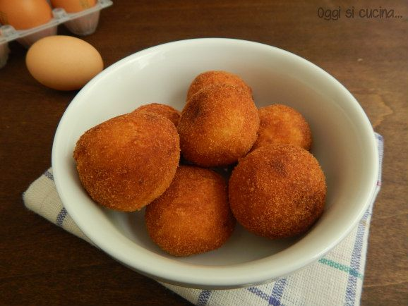 polpette di uova e formaggio