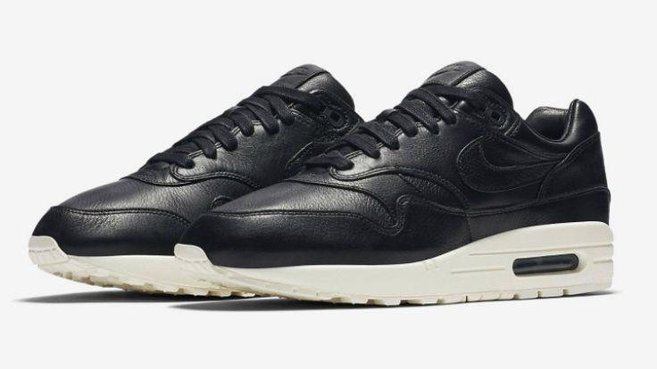 Gigant z Oregonu już jakiś czas temu informował o planach zmiany kształtu kultowego modelu z 1987 roku. Buty zaprojektowane przez uznanego Tinkera Hatfielda otrzymały właśnie nowe wcielenie. Jest to projekt dość ekskluzywny, o czym świadczy chociażby fakt, że odpowiada za niego ekipa NikeLab.   #air max 1 #AM1 #NikeLab #NikeLab Air Max 1 #Pinnacle Pack #Tinker Hatfield