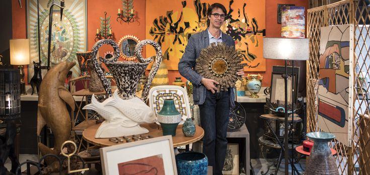 GUIDE URBAIN - La boutique du discret Serge Rosenzweig, ancien peintre-décorateur à la Comédie française, est un ovni dans le paysage artistique lyonnais. Dans un esprit de cabinet de curiosités, il mêle les objets décalés et poétiques de l'Europe du XXe siècle.