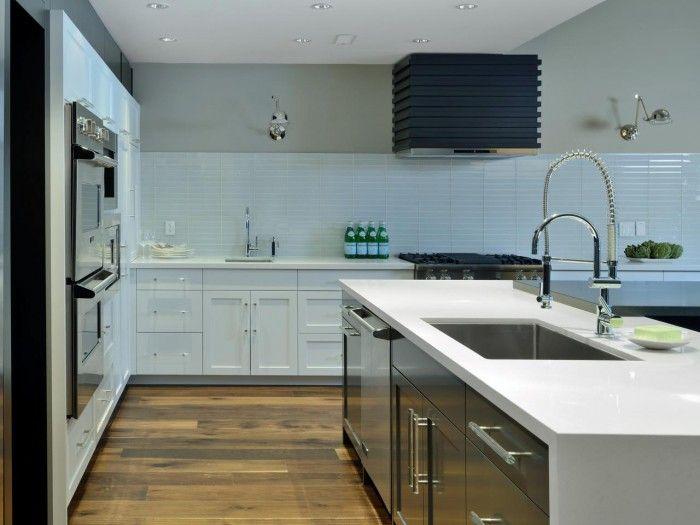 Kitchen. Shiny White Glass Tiles Backsplash In Grid Horizontal Pattern.  Shiny Kitchen Backsplash,