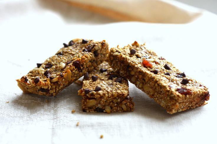 Le barrette snack sono un'ottima opzione per quando si è viaggio e si ha bisogno di uno sprint energetico dolce. Mentre ci sono centinaia di opzioni sul me