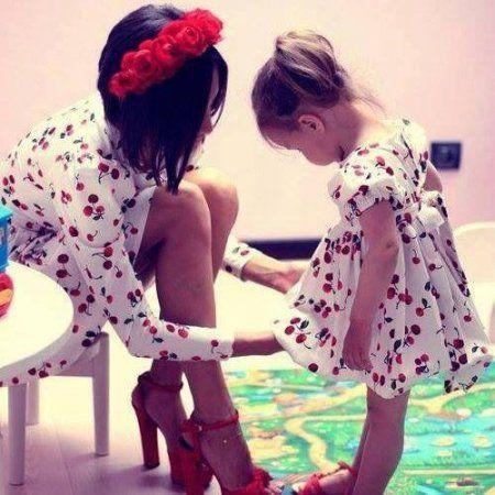 Сильная одежда для мамы и дочки!
