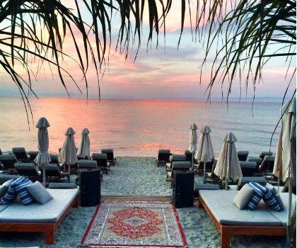 Agistri beach bar, Pefkochori, Halkidiki. Tel 6982 444230