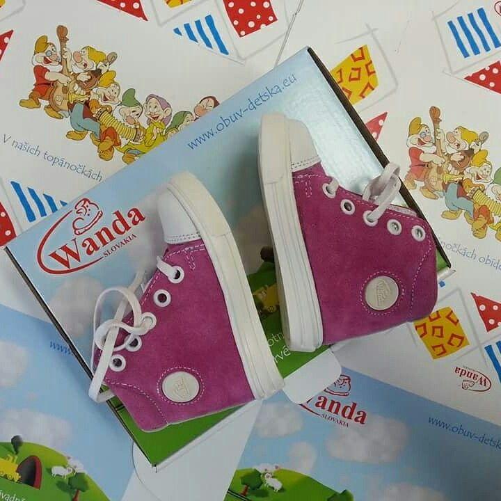 Už je tu jar... Prídite si kúpiť krásne topánočky od Wanda Slovakia ...www.wanda-obuv.sk