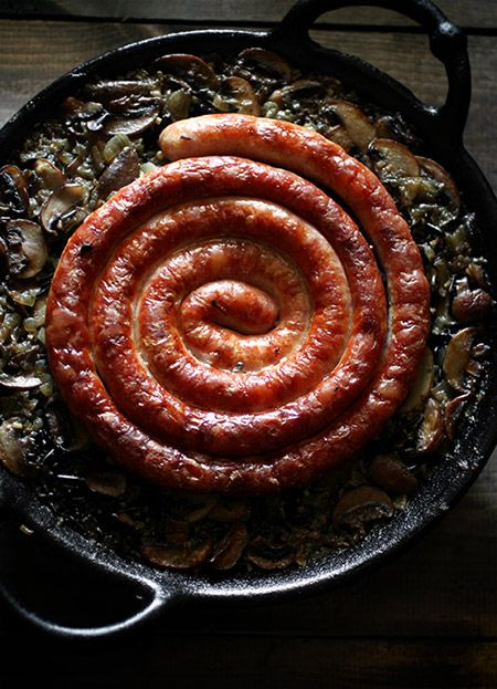 「クルクルソーセージとワイルドライスのパエリア」:ヒグッチーニ連載:メンズキッチンへようこそ Higucciniの週末もてなしランチ:レシピブログ
