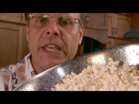 Make Perfect Popcorn on the Stove in a Stainless Steel Bowl | not only do I plan to do this, but I want to DVR this cooking show because he is obvs the Bill Nye of food.