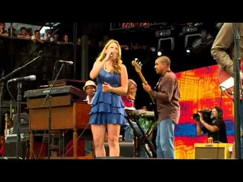 CROSSROADS 2010 - Derek Trucks & Susan Tedeschi Band With A Few Friends I'm sure will be recognized :)  - Space Captain