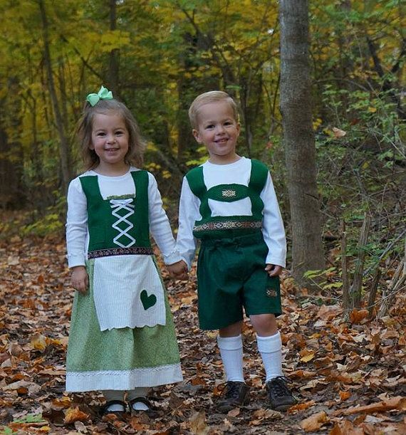 Can't think of any unique Halloween costumes for your little boy and girl? These handmade Hansel and Gretel costumes come in sizes newborn - 5T. Perfect for photos for your memory books. Hansel and Gretel costume set Twin Halloween by adasaccessories4me