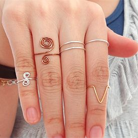 Learn the basics of the wire rings and rock them! (in Portuguese and English)
