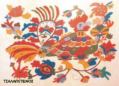 Μελέτη Μάνου Φαλτάιτς Τα κεντήματα μαζί με τα ξυλόγλυπτα αποτελούν τους κυριότερους κλάδους της Σκυριανής χειροτεχνίας που, από την περίοδο ακόμα του μεσοπολέμου χάρη στις επιστημονικές έρευνες και τα διάφορα δημοσιεύματα Ελλήνων και ξένων λαογράφων και δημοσιογράφων, έγιναν όχι μόνο πανελλήνια αλλά και παγκόσμια γνωστά.  Πολύ περισσότερο τα μεταπολεμικά χρόνια, τα μοτίβα των Σκυριανών ...περισσότερα