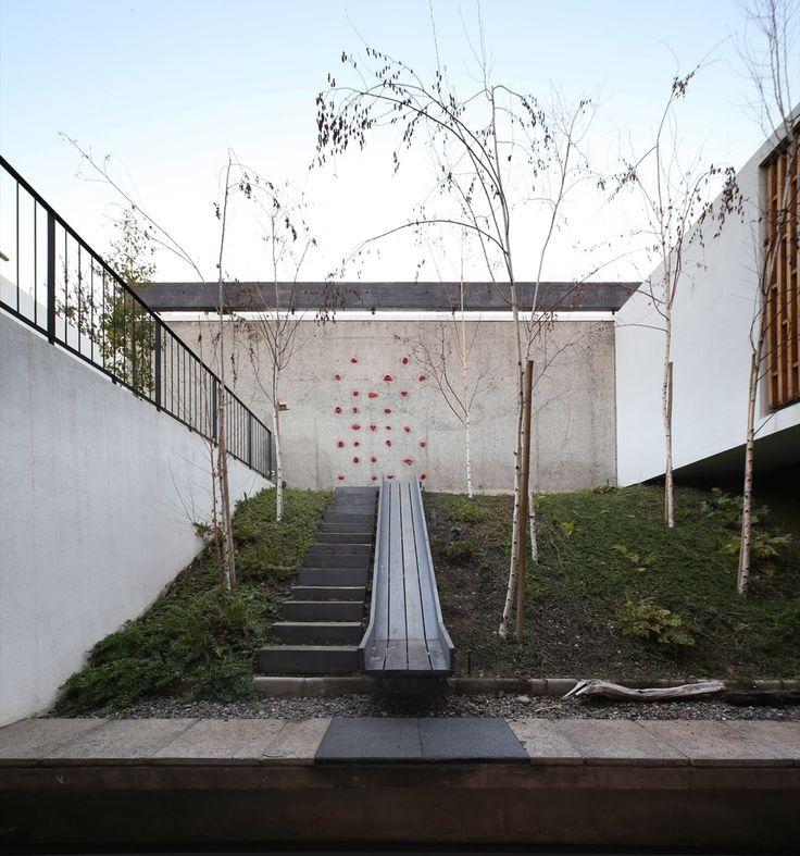 Galeria De Casas Exteriores: Galería De Casa La Gloria / Duque Motta & AA