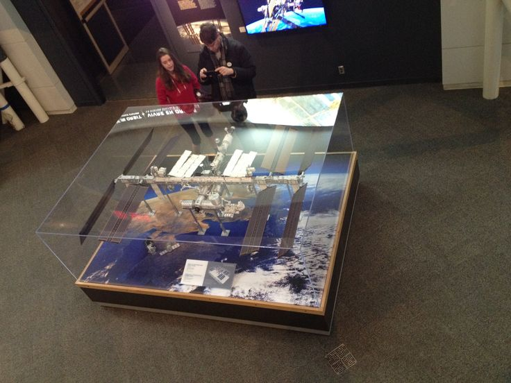 Model of the International Space Station, modelled at the Canadian Space Agency at a scale of 1:50.  Canada Aviation and Space Museum.