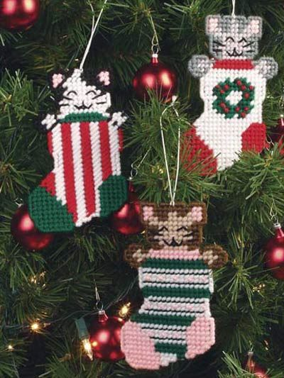 Plastic Canvas - Special Occasions - Christmas - Three Little Kittens - #FP00289