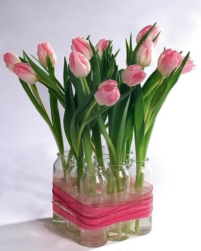 Imagine how great these pink #tulips would look on a weekend brunch table.