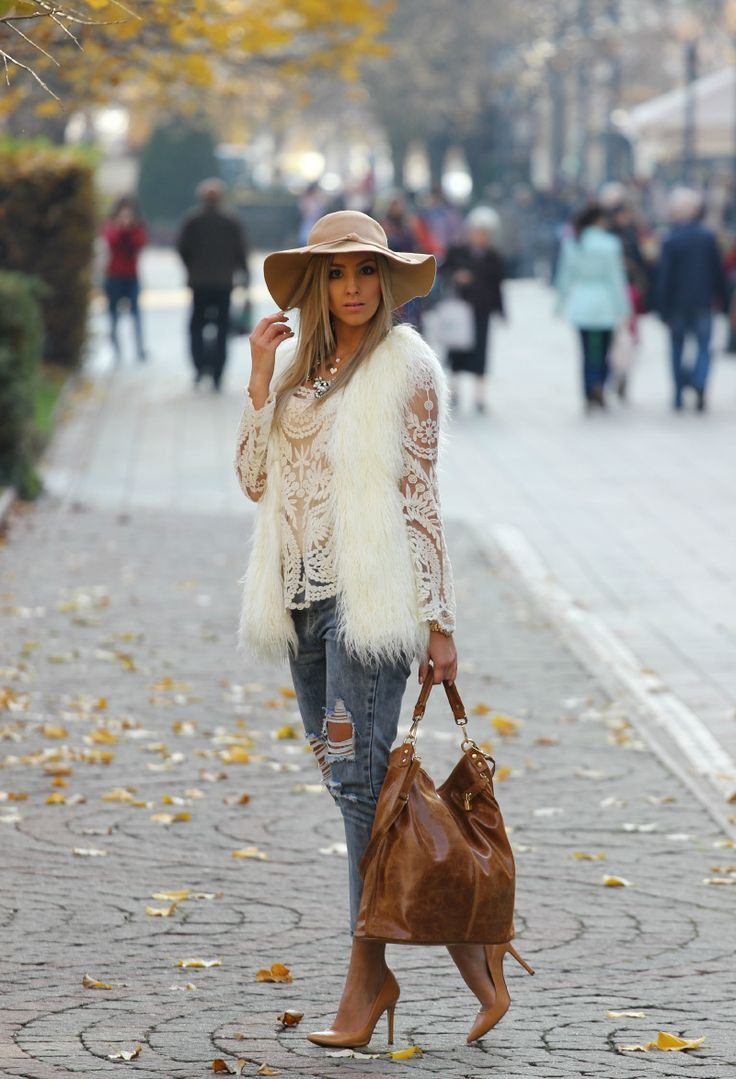 White faux fur and lace
