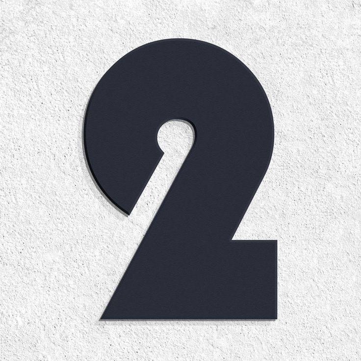 Thorwa® Bauhaus Edelstahl Hausnummer– RAL 7016 Anthrazit Moderne Hausnummer in der Schriftart Bauhaus. Hergestellt in 35099 Burgwald. Die Ziffern werden ho