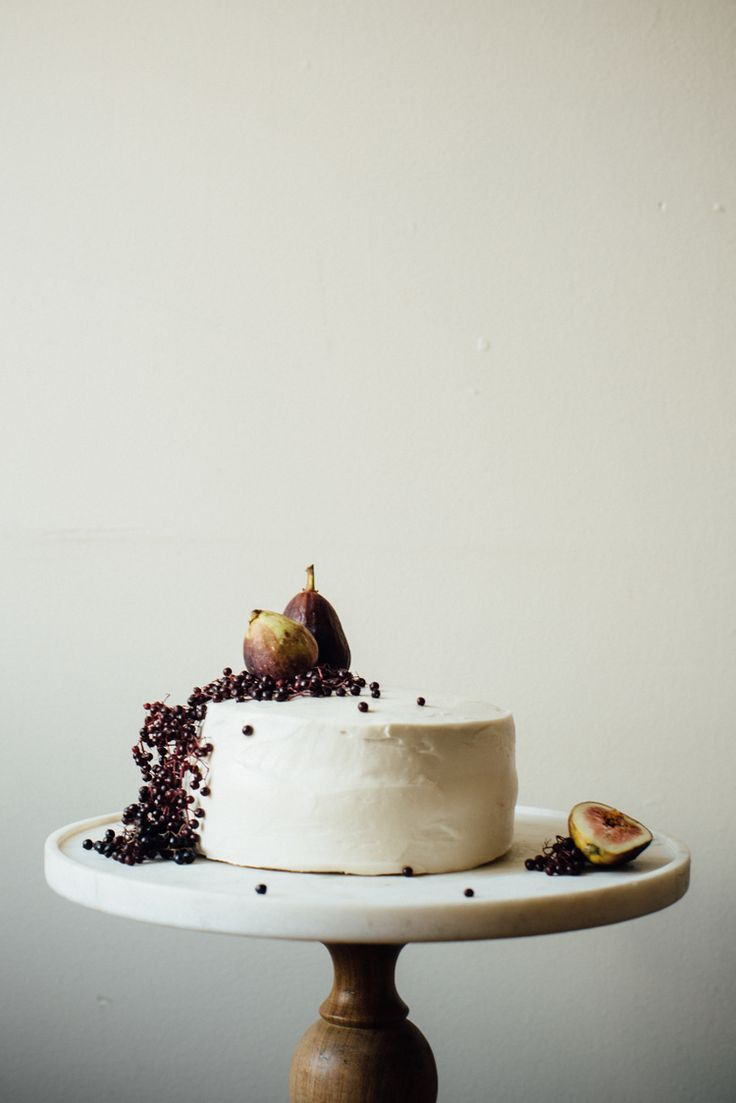 hazelnut layer cake w/ fig compote + (vegan) cream cheese frosting | dolly and oatmeal: