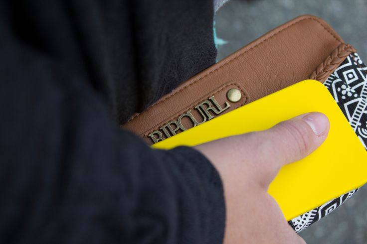Women's @ripcurlusa #accessories - http://www.premiumlabel.ca/outlet/news/spring-style-guide