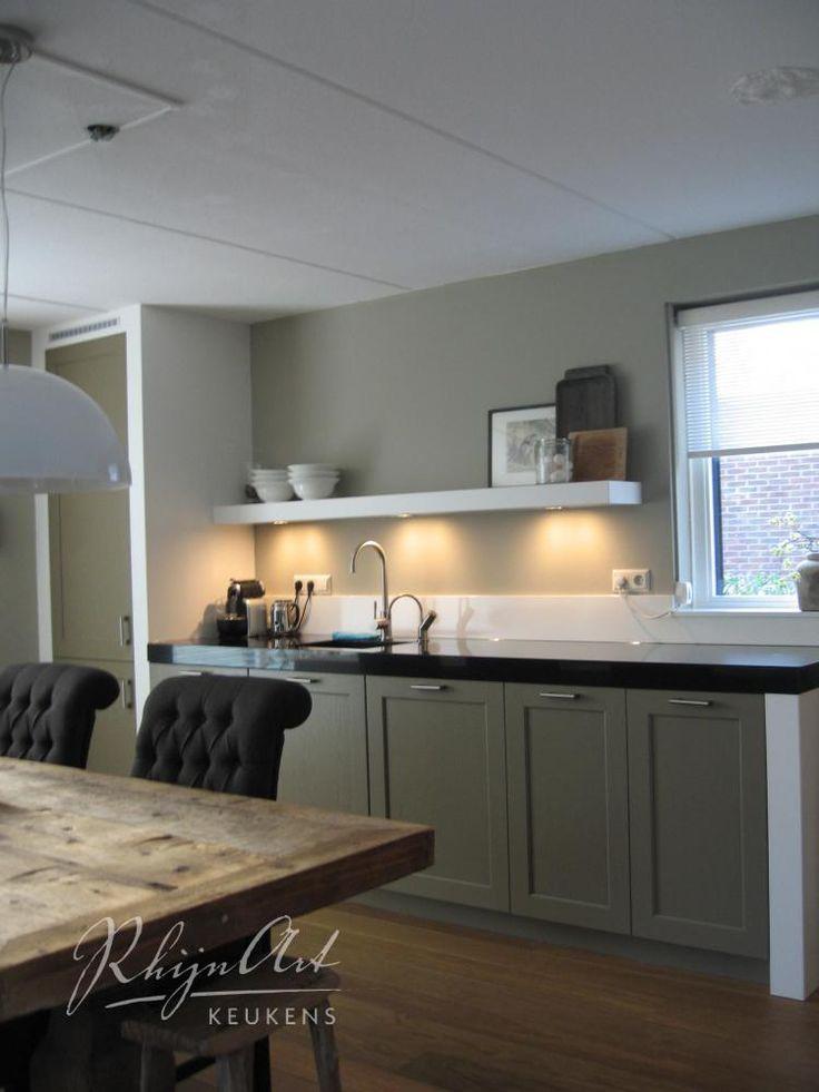 25 beste idee n over zwart witte keukens op pinterest donkere tellers zwarte tellers en - Keuken met teller ...