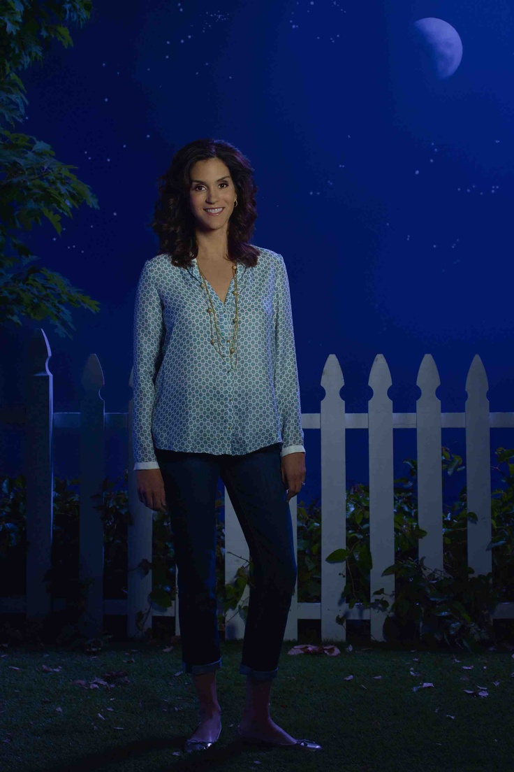 jami gertz the neighbors