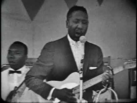Muddy Waters Rollin'Stone - Newport1960 - YouTube