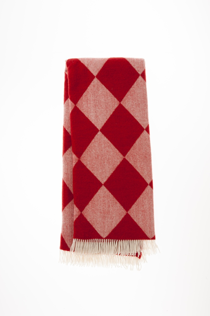 Coloured wool throws: http://www.creswickwool.com/homewares/throws.html?fabric=4