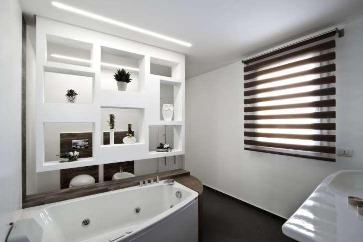 homify / Laboratorio di Progettazione Claudio Criscione Design: Laboratorio di Progettazione Claudio Criscione Design : Modern tarz Banyo