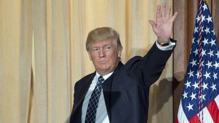 Новости США: ФБР тайно следило за свитой Трампа, стрельба в начальной школе Сан-Бернардино https://riafan.ru/712223-novosti-ssha-fbr-taino-sledilo-za-svitoi-trampa-strelba-v-nachalnoi-shkole-san-bernardino