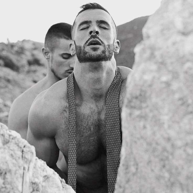 En pleine nature  #gay #boy #sexyboy #cute #beaugosse #picoftheday #followme #sportif #body #instagay #gaymodel #gaystagram #boyfriend #gaycute #gaycation #gayguy #instahomo Powered by clubjimmy.com #Instagram #photo #fun
