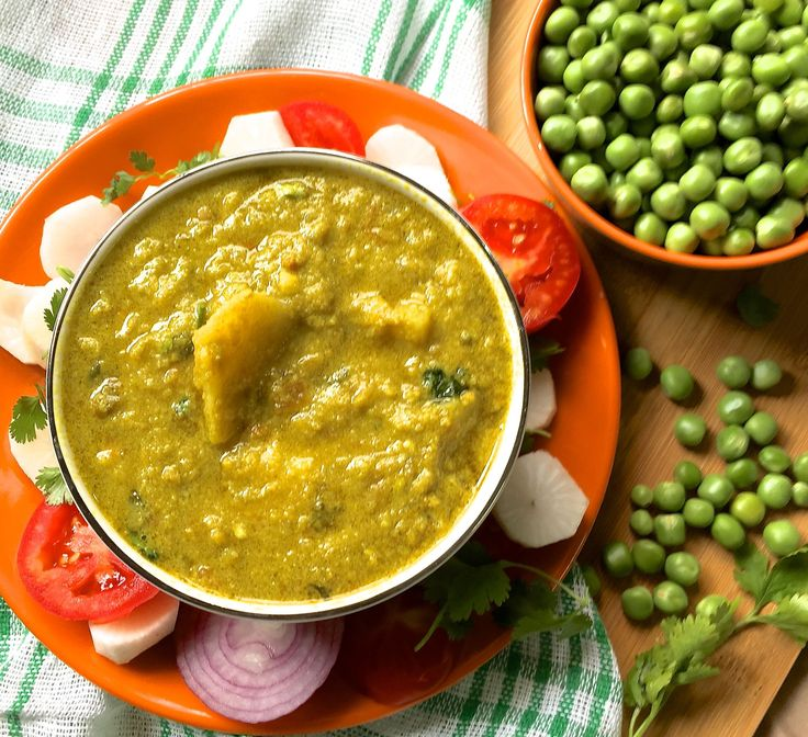 46 best uttar pradesh ka khana images on pinterest cooking food matar ka nimona curry of fresh green peas pureed and cooked in spices onions and tomatoes winter mealswinter recipesfalafel forumfinder Gallery