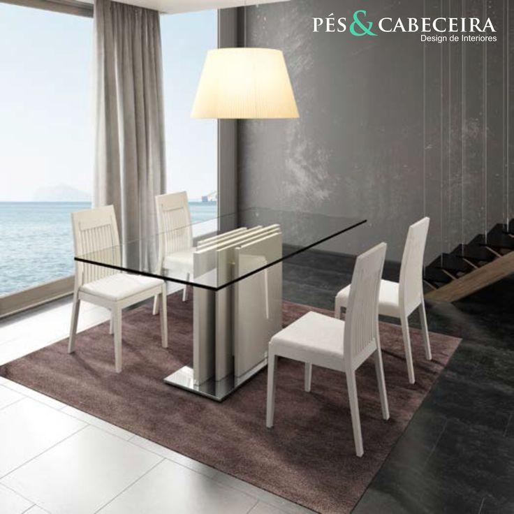 Mesa de Jantar Tampo de Vidro Pés & Cabeceira Decoração de Interiores http://www.pesecabeceira.pt/